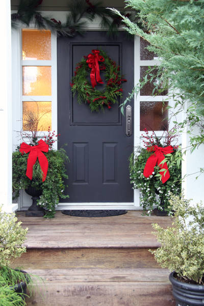 replacement door during christmas